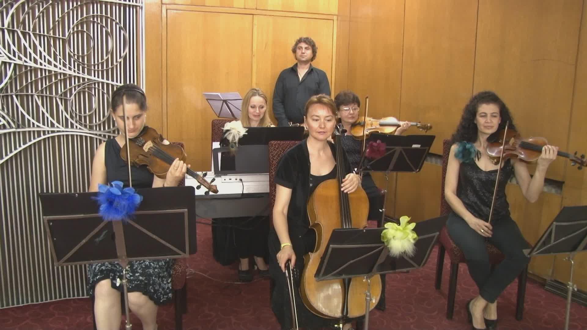 Видеозаснемане на сватби и сватбен фотограф в обредна зала Триадица София снимки и видео (Видео)